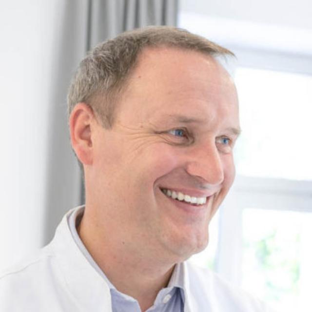 Dr Robert Kasperek_Ambasador PLASMA COMPLEX
